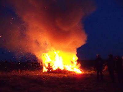 Osterfeuer 2016 Bild 1 das Feuer